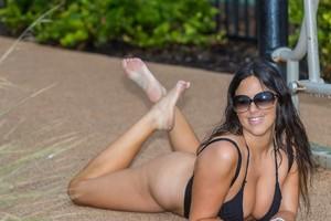 Claudia-Romani-Black-String-Bikini-Photoshoot-by-Poolside-in-Miami-s7f1briki5.jpg